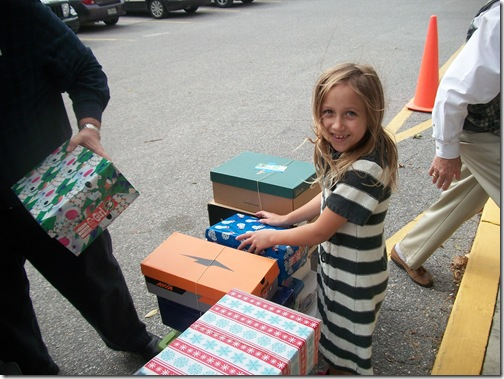 Happy to Help! Operation Christmas Child Boxes
